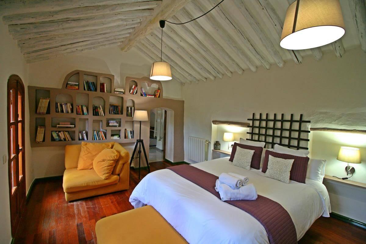 07Bed room Grazalema Retreat Center .jpg