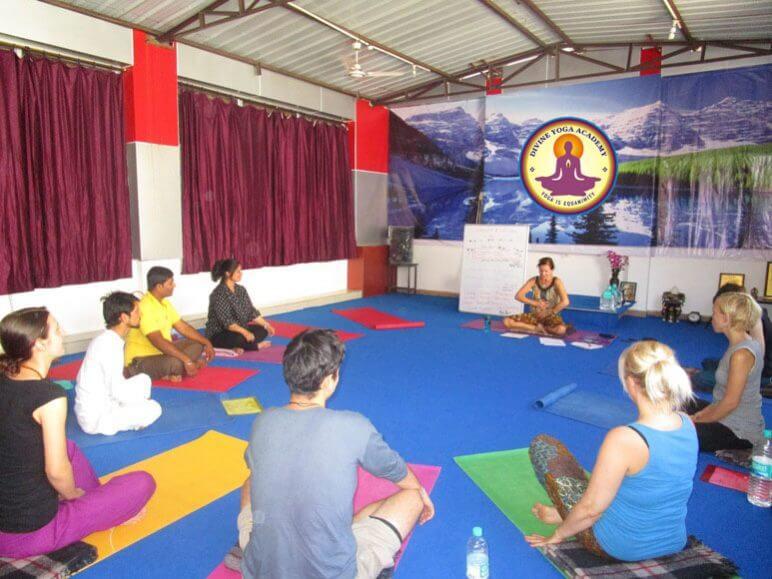 200-Hour-Yoga-Teacher-Training-in-India-1.jpg