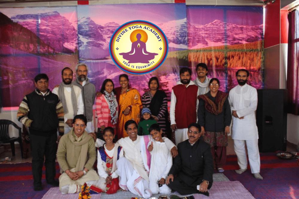 Divine-yoga-academy-school.png