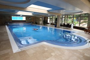 Indoor Pool 1.jpg