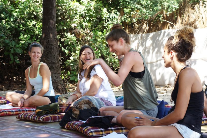 Yoga-teacher-training-india.jpg