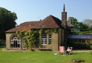 yoga-retreat-near-london-tilton-house-lawn.jpg
